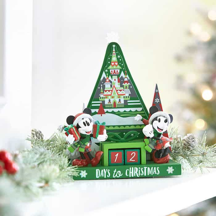disney-world-christmas-shop
