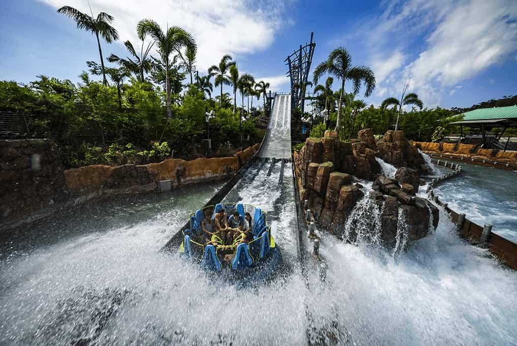 SeaWorld's Infinity Falls